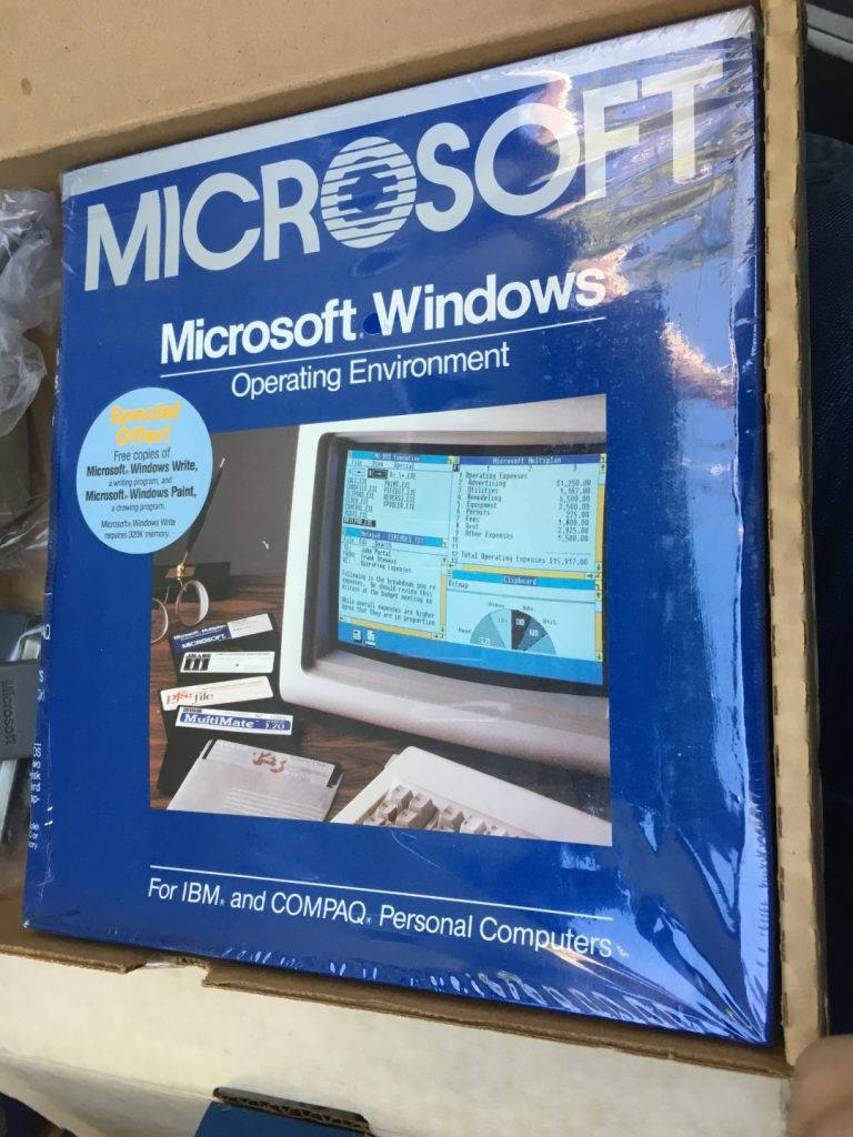 Microsoft Windows 1.01 sealed box